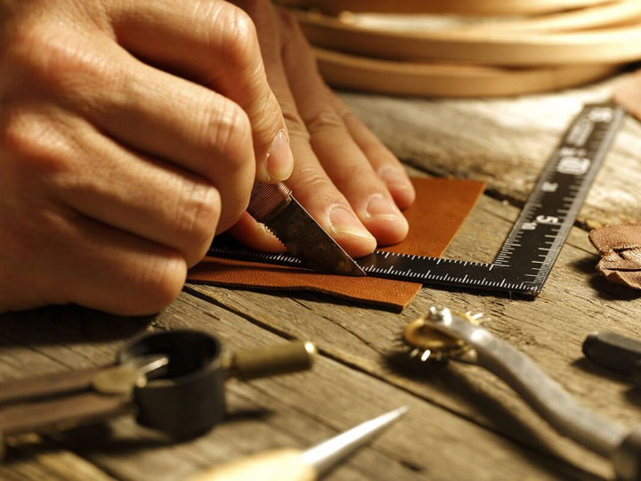 What is the difference between Genuine Leather and PU Leather?